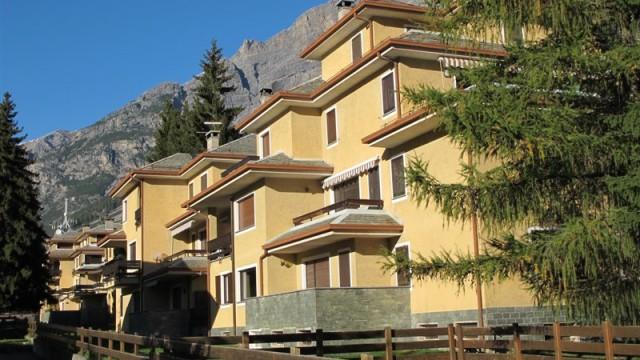 Appartamento in affitto a bormio 3 camere da letto immobiliare sassella appartamenti in - Affitto appartamento bologna 3 camere da letto ...