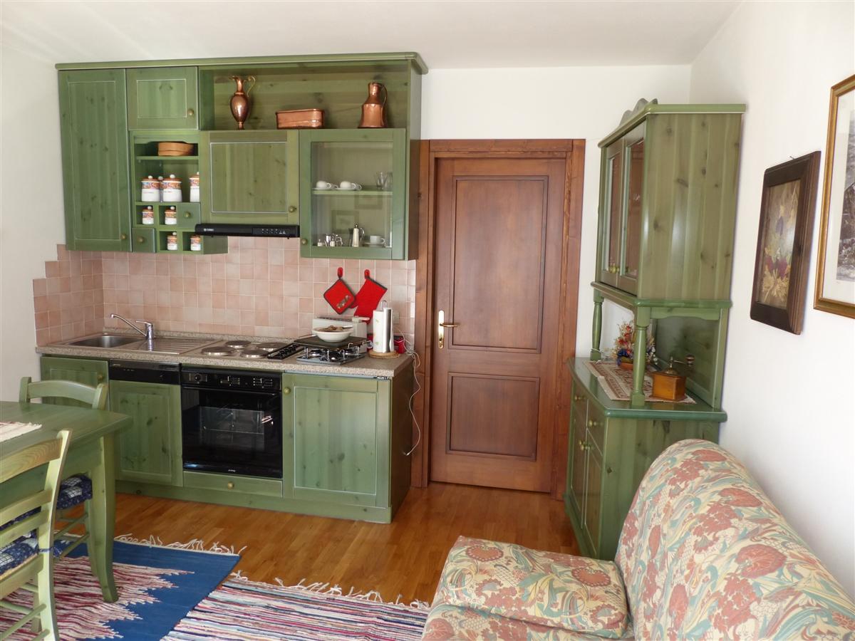 Romagnolo 20 immobiliare sassella appartamenti in for Appartamenti budoni affitto agosto