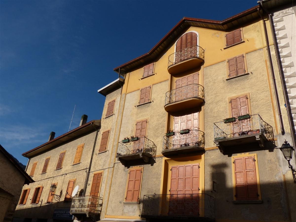 Bilocale in affitto in centro Bormio, via Roma