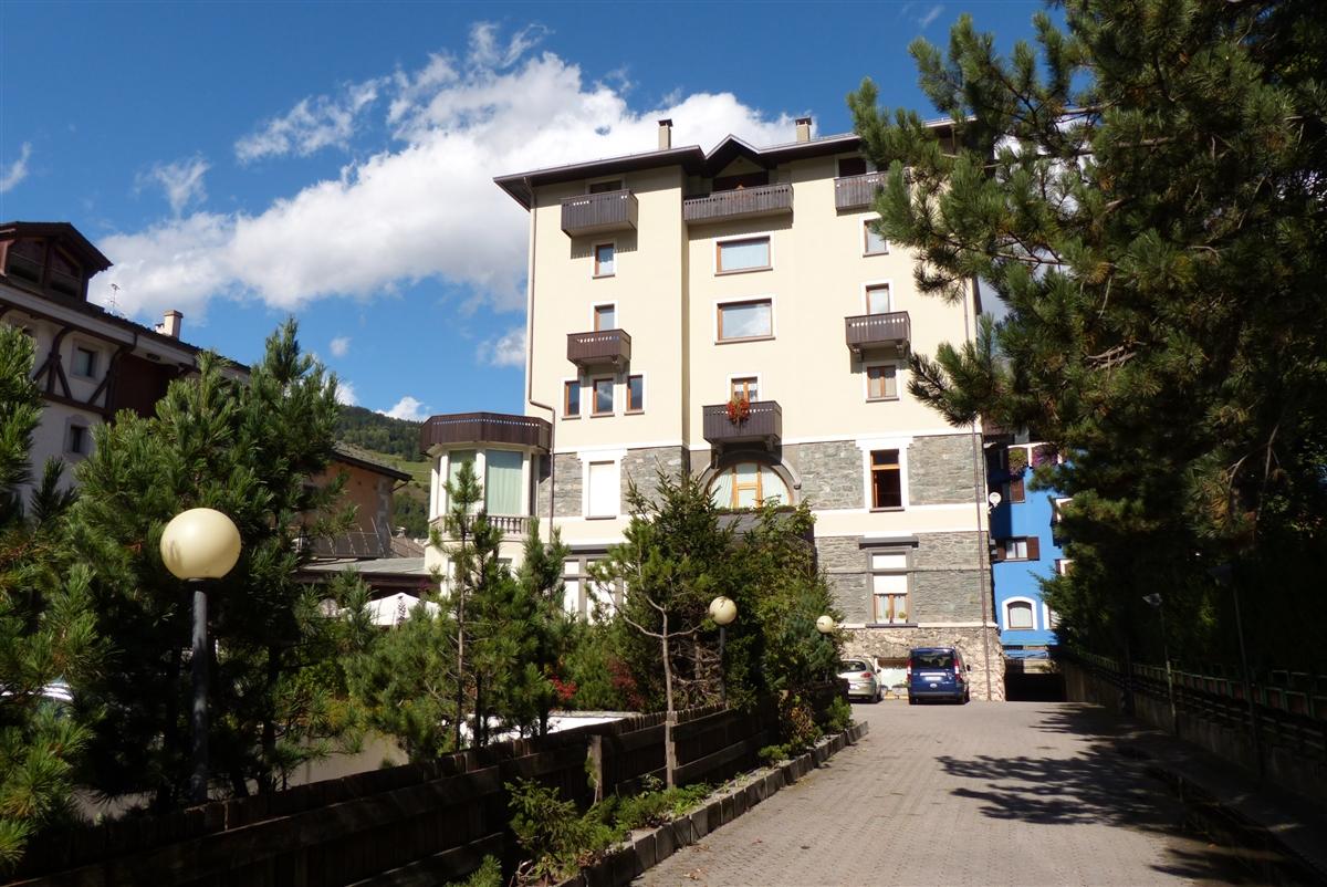A Bormio, monolocale in vendita e in affitto, centralissimo.