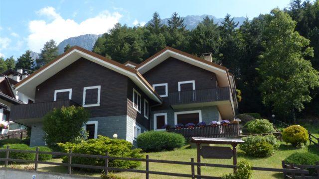 appartamento 2 camere, via sertorelli, panoramico, balcone, APPARTAMENTO TRILOCALE IN CENTRO Bormio, APPARTAMENTO A SANTA CATERINA VALFURVA, APPARTAMENTO A BORMIO, AFFITTI BORMIO, CASE BORMIO, APPARTAMENTI A BORMIO, AFFITTI BORMIO,BORMIO AFFITTI,BORMIO VENDITE,VENDITE BORMIO,CASE IN AFFITTO A BORMIO,CASE IN VENDITA A BORMIO,TERME DI BORMIO,VACANZE BORMIO OFFERTE,VACANZE A BORMIO TERME,BORMIO APPARTAMENTI VACANZE, BORMIO APPARTAMENTI IN AFFITTO,BORMIO APPARTAMENTI IN VENDITA,ISOLACCIA,LIVIGNO,CAPODANNO AFFITTI BORMIO, CASE VACANZA, AFFITTASI APPARTAMENTI, APPARTAMENTO AD OGA, SAN NICOLO VALFURVA, NATALE, CAPODANNO, VALDIDENTRO