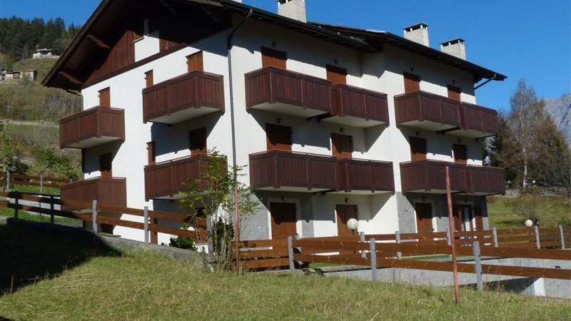 Apartment in Cepina, Pozzaglio Street