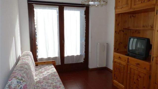 bar-nuovo-secondo-piano-con-balcone-14
