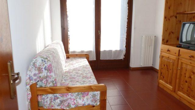 bar-nuovo-secondo-piano-con-balcone-15