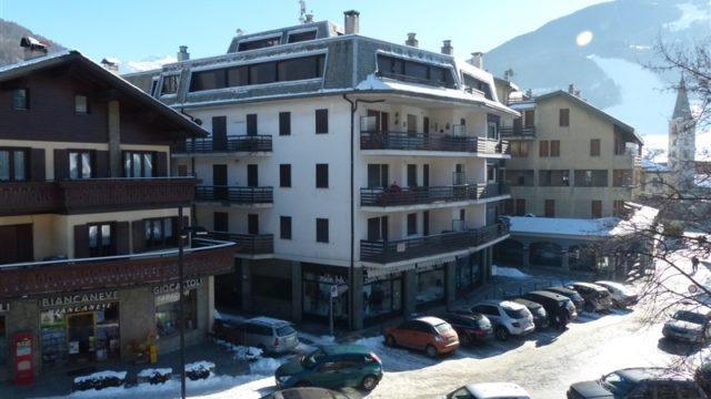 bar-nuovo-secondo-piano-con-balcone-29