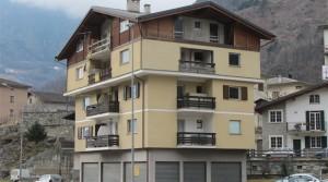 Appartamento in vendita a Grosio, trilocale al primo piano