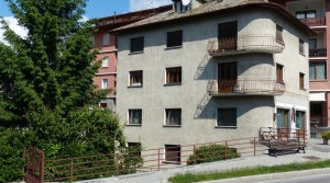 Bilocale in centro Bormio, in affitto con balcone